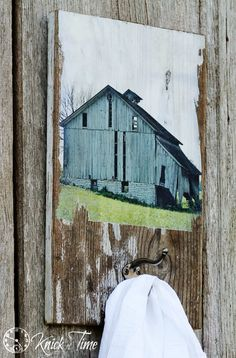 Turn an Old Barn Photo Reprint into a Salvaged Wood Wall Hook is part of Old Wood crafts - How to turn a photo of an old barn into a salvaged wood wall hook! Very easy and inexpensive! Old Wood Crafts, Old Wood Projects, Reclaimed Wood Projects, Salvaged Wood, Diy Wood, Woodworking Projects, Art Projects, Barn Board Projects, Old Barn Wood