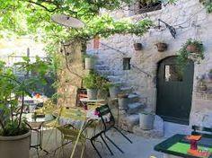 Résultats de recherche d'images pour «terrasse provencale»