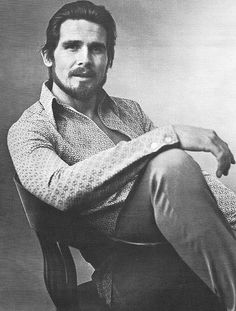 Is it just me or does young James Brolin look like someone slapped Christian Bale's face on him? Older Actresses, Actors & Actresses, What Makes A Man, Catherine Zeta Jones, Christian Bale, Creative Pictures, Shades Of Black, Famous Faces, New Wave