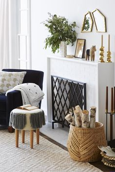 Adorable 47 Cool Apartment Decorating Ideas on a Budget for Women https://roomaniac.com/47-cool-apartment-decorating-ideas-budget-women/