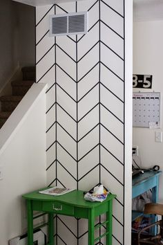 Washi tape designs on walls tape front entry wall washi tape wall art ideas . Cheap Washi Tape, Washi Tape Diy, Diy Washi Tape Wall Decor, Duct Tape, Diy Wand, Wall Design, Layout Design, Design Ideas, Masking Tape Wall