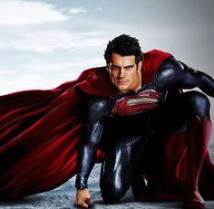Domingo a tarde,  embarcar com os Super Homens!  E é para ir  sem lenço e sem documento