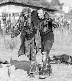 Ezekiel in The Walking Dead Season 8 Episode 4 | Some Guy