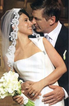 Alec Baldwin and his bride, Hilaria Thomas, made it official in NYC in June 2012.  Source: Twitter user ABFalecbaldwin