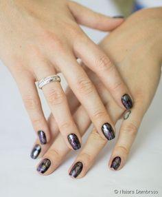 Nail art futurista: aprenda o passo a passo de uma decoração moderna e superfácil para as unhas