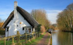 Thatched Cottage by the Grand Union Canal ~ English Countryside
