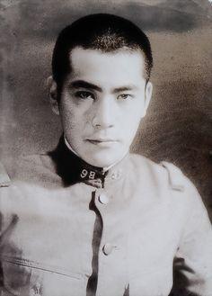 bis07-12_03 Akira Film, Kurosawa Akira, Madonna 90s, Toshiro Mifune, Kendo, Japanese Artists, Film Camera, Feature Film, A Good Man