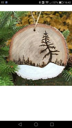 #BellWoodworking Christmas Craft Fair, Woodland Christmas, Primitive Christmas, Diy Christmas Ornaments, Rustic Christmas, Christmas Projects, Holiday Crafts, Christmas Decorations, Wood Burning Crafts