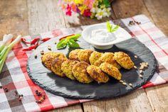 Retete Culinare - Chiftelute de dovlecei cu verdeturi si branza Tandoori Chicken, Ethnic Recipes, Food, Essen, Meals, Yemek, Eten