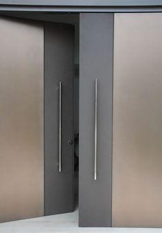 minimalist door design                                                       …                                                                                                                                                                                 Más
