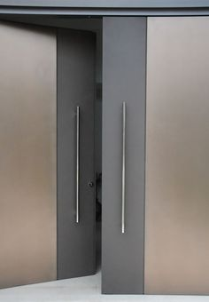 minimalist door design … Más
