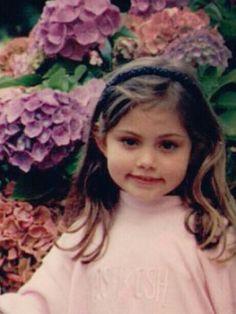 фиби тонкин в детстве фото