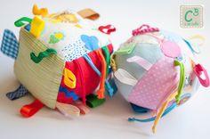 Cubo e Bola para bebé, com som, texturas e cores