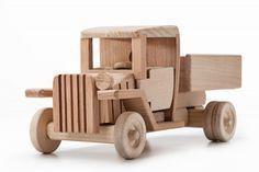 Русская игрушка - Производство и продажа игрушек и сувениров