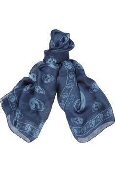 Alexander McQueen's sapphire and sky-blue scarf has been crafted in Italy from feather-light silk-chiffon. It's printed with the British brand's iconic skull motif. Style this effortlessly cool piece with a biker jacket and distressed denim.