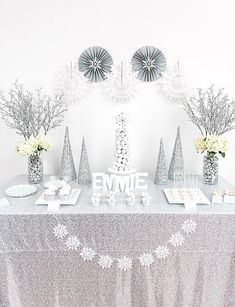 Winter Wonderland Dessert Table party feature by @UndercvrHostess