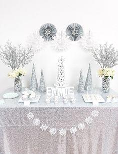 Winter Wonderland Dessert Table party feature by @UndercvrHostess