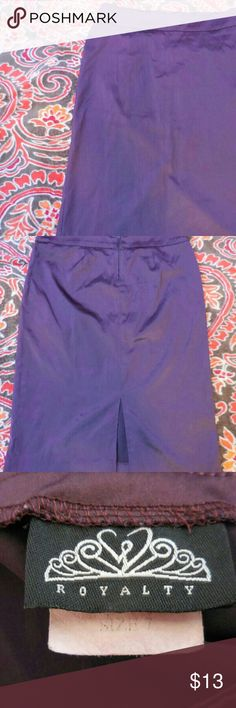 early 2000s Gently used purple satin pencil skirt Early 2000s. Gently used purple satin pencil skirt. Size 7. Message me for exact measurements, details discounts or bundles. Thanks for looking Skirts Pencil