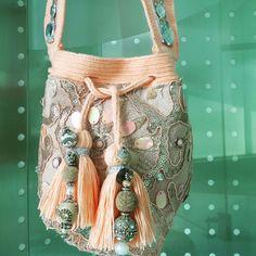 Wayuu Melon Mini Drawing Bag, Potli Bags, Sweet Bags, Diy Handbag, Quilted Bag, Crochet Accessories, Fashion Bags, Clutch Bag, Purses And Bags