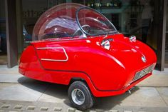 The smallest car in the world is back from the 1960s, and now it's electric http://f-st.co/iJuFAMR pic.twitter.com/qgRMGpXmA8