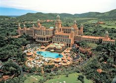 Sun City is a magnificent slice of entertainment and leisure within an easy drive from Johannesburg, South Africa.