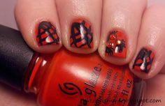 DIY halloween nails: DIY Halloween nail art : Halloween Nail Art Challenge: Spiders