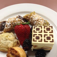 """American Cancer Society """"Picnic Under the Stars"""" Plated Italian Desert  The Phoenix Country Club rroth@phoenixcc.org Pastry Chef Laura Godfrey"""