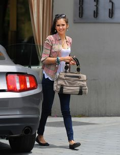 #TVD's Nina Dobrev Shares Her Favorite Spots in LA http://sulia.com/channel/vampire-diaries/f/5958bb73-76cc-4c1b-acee-811eb5a2aece/?pinner=54575851&