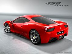 Un 4x4 Se Gare Sur Une Ferrari 458 Italia Vid O Quand Deux Voitures