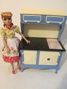 American Girl Kit's Blue Stove w/ Original Box Retired  #AmericanGirl…