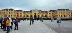 Schönbrunn - un palat mare - Din mansarda Louvre, Street View, Building, Travel, Construction, Trips, Buildings, Viajes, Traveling