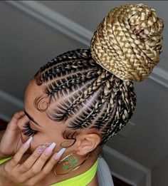 braided ponytail for black women This bun is so pretty Stunning work by pearlthestylist_ Drop a if you love them Black Girl Braided Hairstyles, Braided Ponytail Hairstyles, Crochet Braids Hairstyles, Baddie Hairstyles, African Braids Hairstyles, Braid Ponytail, Protective Hairstyles, Prom Hairstyles, Cornrow Braid Styles