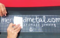 See how to apply sign vinyl to a car window! | Pro World Inc