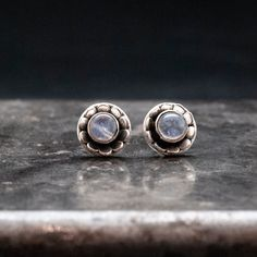You can find unique jewelry that sets you apart from other guys. Learn more here about finding jewelry that is unique to reflect your personality. Moonstone Earrings, Moonstone Jewelry, Sterling Silver Earrings Studs, Stud Earrings, Gold Jewelry, Cheap Silver Rings, Selling Jewelry, Gemstones, Minimalist