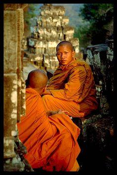 Monks at Phnom Bakheng Temple, Siem Reap, Cambodia