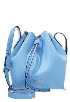 Calvin Klein Jeans FLOW niebieski worek Torba na ramię blue