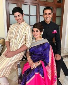 """Like for one of the most stylish family of B-Town! Akshay, Twinkle & Aarav for National Awards…"""