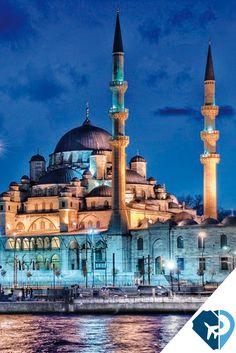 Constantinopla, Bizantino y Otomano fueron tres imperios que sucedieron en en Estambul, Turquía, con estos datos un se da cuenta de porque es una de las ciudades más visitadas, te seducirán sus famosas construcciones y por sus paisajes naturales.