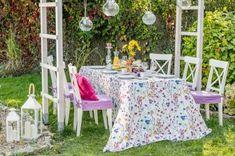 Večera v záhrade - Flowers    #zahrada#prestieranie#kvety#navlekynastolikcy#vankuse#lampase Picnic Blanket, Outdoor Blanket, Outdoor Entertaining, Table Decorations, Furniture, Home Decor, Garden Parties, Seasons Of The Year, New Week