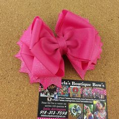 hotPink bow by iselasboutiquebows on Etsy
