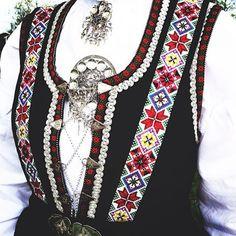 Etnebunad Folk Costume, Costumes, Norwegian Style, Inkle Weaving, Norway, Scandinavian, Women's Fashion, Traditional, Dresses