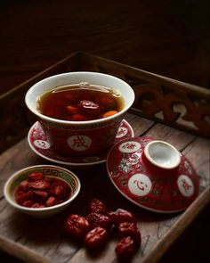 Goji berry and red dates tea