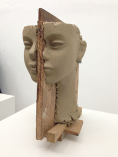 Mark Manders, Room with Broken Sentence, Dutch Pavilion, curated by Lorenzo Benedetti.
