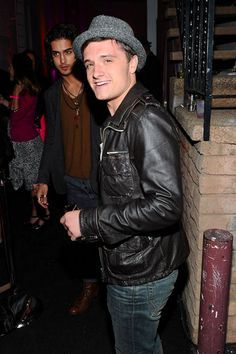 Josh Hutcherson and his best friend Avan Jogia attended Nylon magazine's 13th anniversary party at Smashbox Studios last night (click for more pictures)