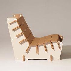 #Anita: the #white #cardboard #armchair by #ecoandyou #design #home #furniture Cardboard Crafts, Cardboard Box Houses, Cardboard Chair, Cardboard Design, Diy Cardboard Furniture, Green Furniture, Living Furniture, Diy Furniture, Bedroom Furniture