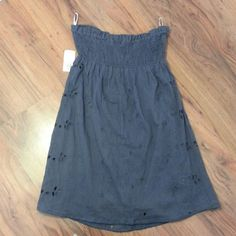 •NWT Summer Dress• Made from 100% cotton with flower designs. Add to bundle to save when purchasing. Forever 21 Dresses Strapless