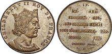Buste imaginaire de Childebert IV. CHILDEBERT IV, 1) BIOGRAPHIE, 1: Né vers 683, il succède sur le trône à son frère aîné Clovis. Il a pour maire du Palais en Austrasie le puissant PEPIN DE HERSTAL. En Neustrie le maire du Palais est GRIMOALD LE JEUNE, le fils cadet de Pépin. Pendant son règne, Pépin de Herstal soumet les FRISONS du duc RADBORD. Les nombreux diplômes que le roi Childebert a souscrit prouvent sa grande activité.