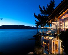 A Dream By The Water – West Vancouver, BC