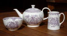 Teekanne, Milch und Zucker von Burleigh Plum Asiatic Pheasant. www.kippax.de/Geschirr/Burleigh-Geschirr/