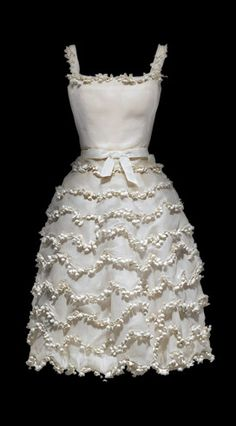 Le 'Muguet' ('Lily of the Valley' dress). Christian Dior, Spring 1954.